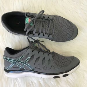 Asics Gel Fit Tempo Sneakers